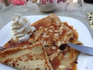 Bayeauxcrepe.saltycaramel and roasted almonds
